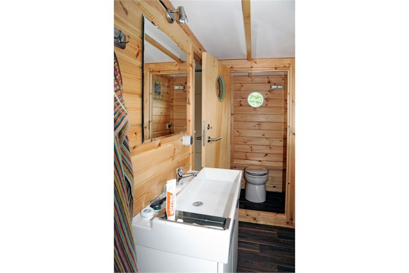 Sundeck WC