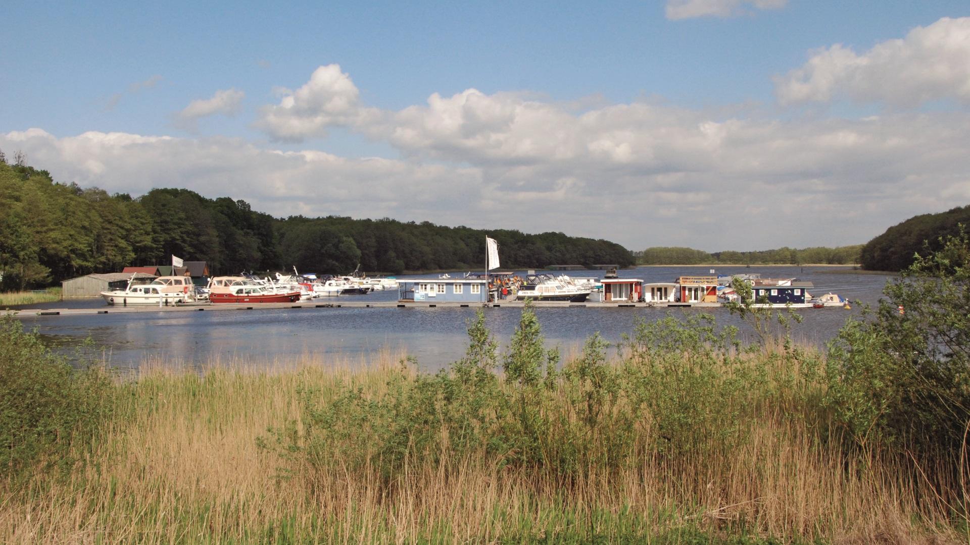 Riverlodge Yachthafen Müritz